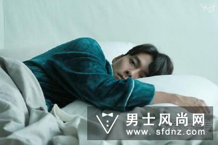 《阿尔罕布拉宫的回忆》穿着zara129元打折夹克的玄彬也超帅!