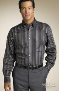 男士时尚新概念:条纹衬衫