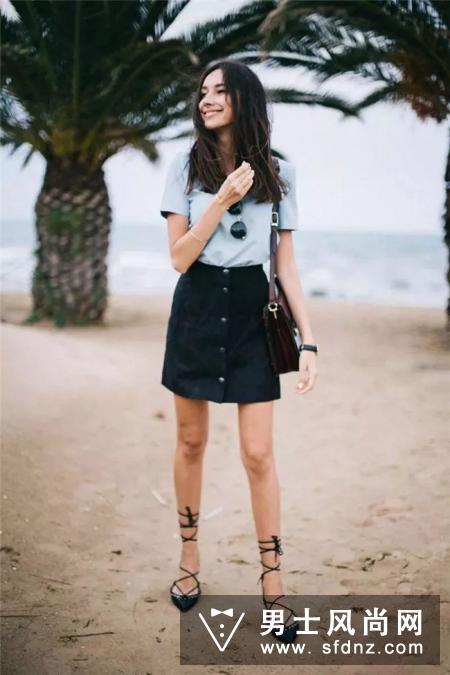 短裙 平底鞋 穿对了比高跟鞋更显腿长!